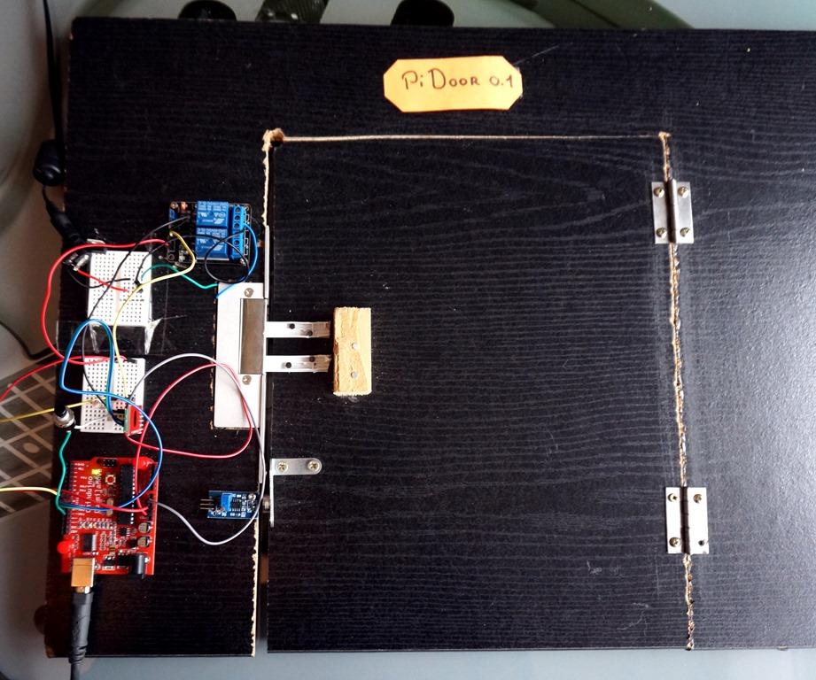 Raspberry PI Créer Une Porte Domotique Partie IdleBlog - Porte placard coulissante avec serrure electrique